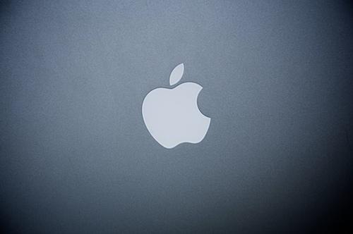 MacBookPro13_10.jpg